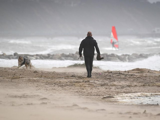 One dog owner from Northamptonshire was fined after driving all the way to Hunstanton to walk is pet on the beach. Photo: Getty Images