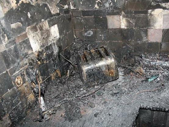 One slice of bread caused thousands of pounds worth of damage to this kitchen. Photo: @northantsfire