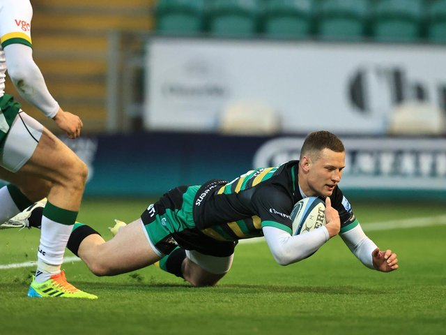 Fraser Dingwall celebrated his 50th Saints appearance with a try against London Irish
