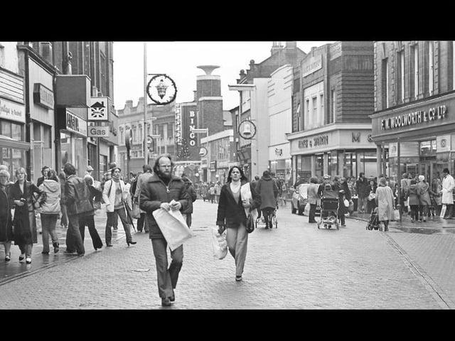Kettering town centre retro